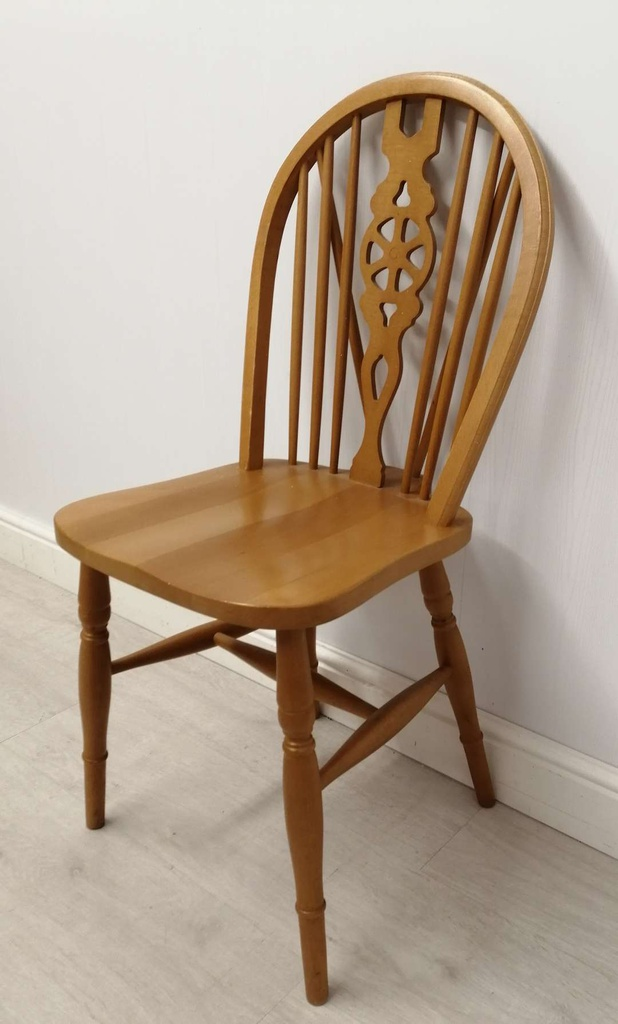 Single Wheel Back Dining Chair