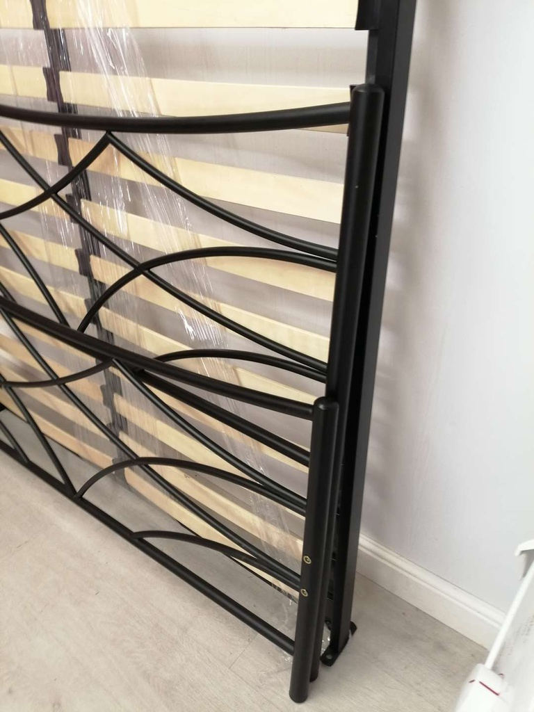 "4ft6"" Black Metal Bed Frame"